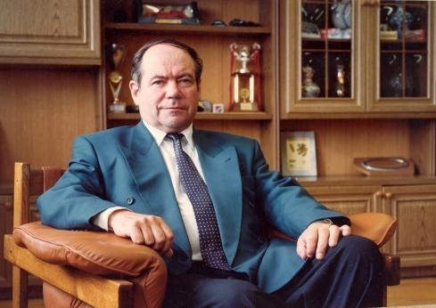 Восемь фактов из жизни Константина Сахарова