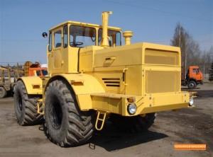 traktor_kirovec_k-700_s_hraneniya_3317