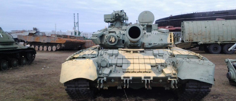 Танк - Т-80УД   Готовимся  к летнему сезону