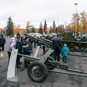 Парад Памяти в Самаре 7 ноября 2018 г.- видео.
